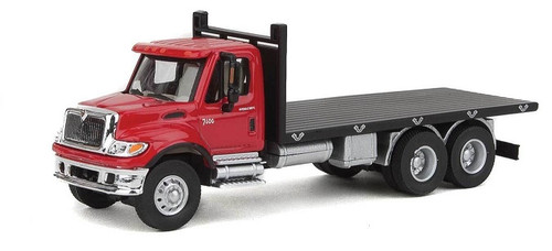Walthers SceneMaster HO 949-11652 International 7600 3-Axle Flatbed Truck, Red Cab/Black Flatbed