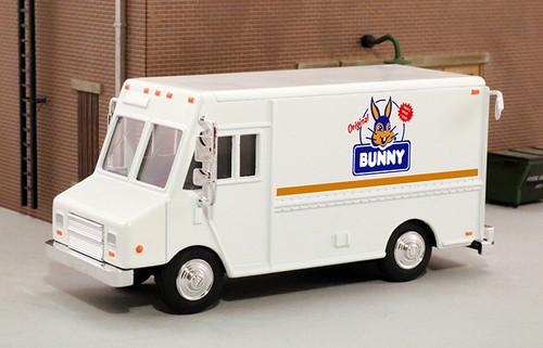 American Heritage Models O 48010 Delivery Step Van, Bunny Bread