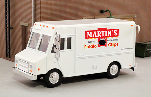 American Heritage Models O 48060 Delivery Step Van, Martins Potato Chips