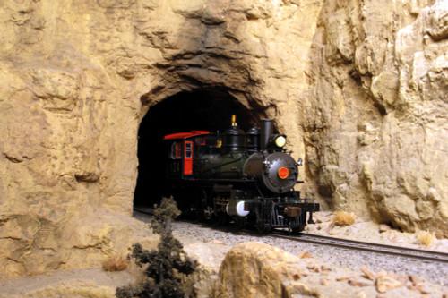 Monroe Models HO 120 Single Track Narrow Gauge Tunnel Portal, Blasted Rock