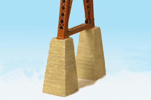 Monroe Models HO 137 Pylon Bent Footings for Bridge Pier, Board Formed Concrete (4)