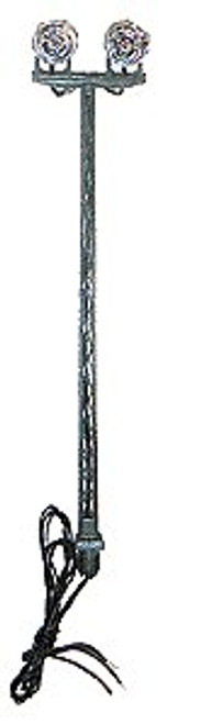 Miniatronics N 72-628-01 Rail Yard Double Searchlight Tower with Incandescent Reflector Lamps