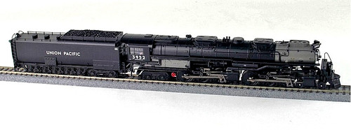 Broadway Limited Imports HO 5822 Challenger 4-6-6-4 and Coal Tender, Union Pacific #3952 (Equipped with Paragon3 Sound/DC/DCC and Smoke)