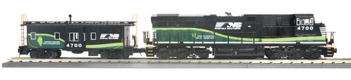MTH RailKing O 30-20431-1 ES44AC Imperial Diesel and Caboose Set, Norfolk Southern #4700 (Proto Sound 3)