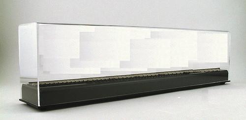 "American Plastics HO/HOn3 AD50 Display Case (18"" x 3"" x 5"")"