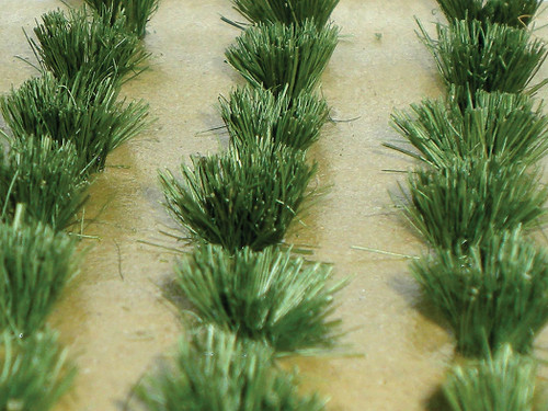 Bachmann HO 32507 Detachable Grass Bushes (30-Pack)