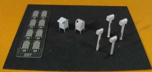 Showcase Miniatures N 557 Mailbox Set