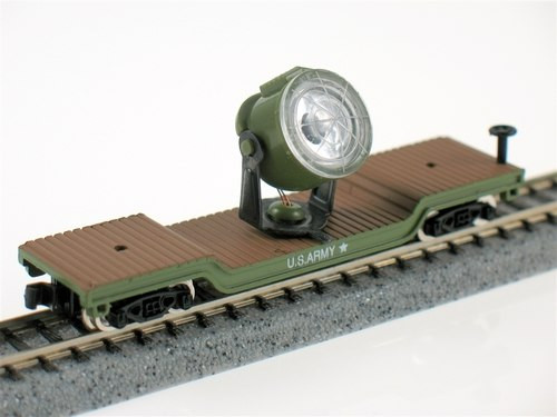 Model Power N 84101 Depressed Center Flat Car with Search Light, US Army
