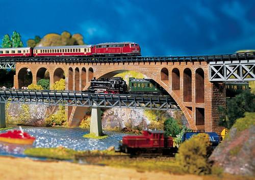 Faller N 282924 Stone Arch Bridge Kit