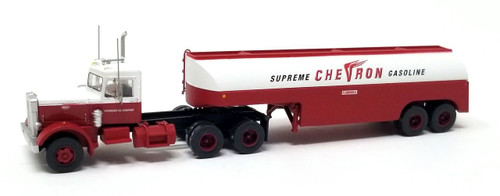 Trainworx N 55120 Vintage Peterbilt 351 Tractor and Fuel Tanker, Chevron