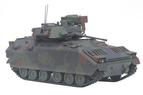 MTH O 23-10001 M2 Bradley Fighting Vehicle
