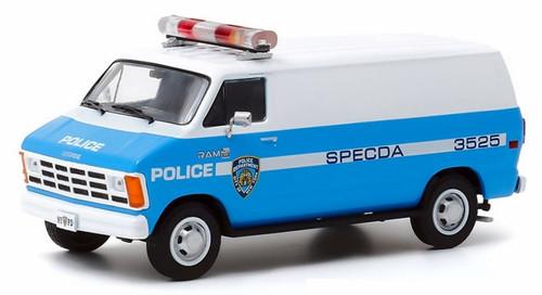 Greenlight Collectibles O 86577 1987 Dodge Ram 1500 Van, NYPD (1:43)