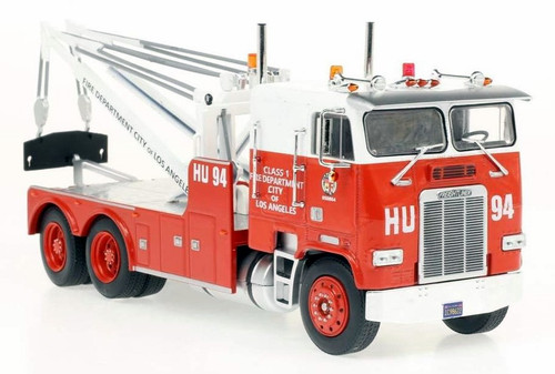 Iconic Replicas O 43-0250 Freightliner Wrecker, Los Angeles Fire Department (1:43)