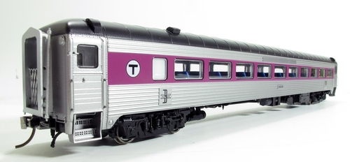 Rapido HO 17252 8600-Series Coach, MBTA #2582