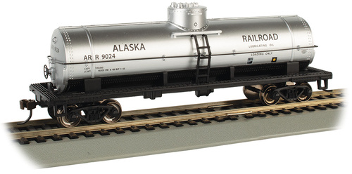 Bachmann HO 17807 40' Single Dome Tank Car, Alaska Railroad #9024