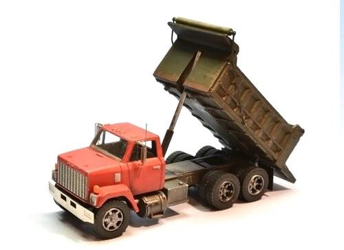Showcase Miniatures HO 3005 80s Brigadier Dump Truck Kit