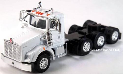 Trucks N Stuff HO 410673 Kenworth T800 4-Axle Daycab (2-Pack)