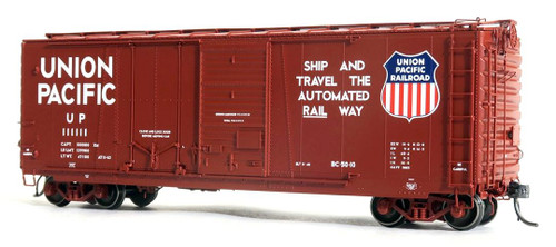 Tangent Scale Models HO 26062-04 40' PS-1 Combination Door Box Car, Union Pacific #111126