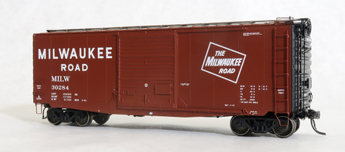 Tangent Scale Models HO 26013-07 PS-1 40' Box Car with 9' Door, Milwaukee Road #30296