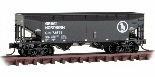 Micro-Trains N 05500600 33' Twin Bay Hopper with Offset Sides, Great Northern #73571