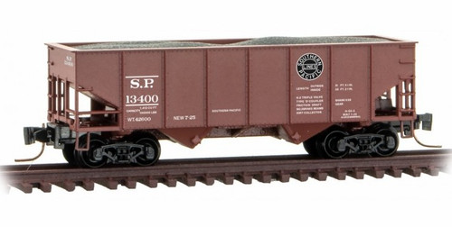 Micro-Trains Z 53400122 33' Twin Bay Hopper with Rib Sides and Load, Southern Pacific #13400