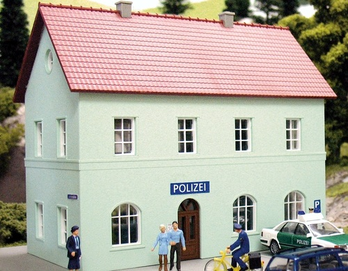 PIKO HO 61836 Police Station Kit