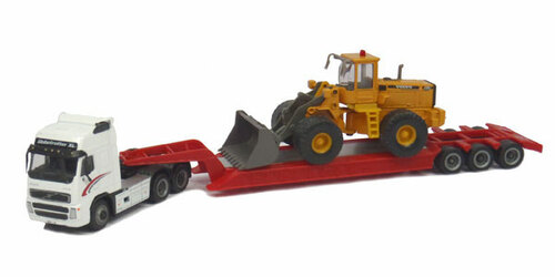 Cararama HO 185-001 Diecast Volvo FH12 with Lowboy and Volvo L150C Wheel Loader