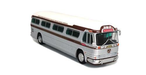 Iconic Replicas HO 87-0301 1958 GM PD4104 Bus, Tres Estrellas (Tijuana, Mexico)