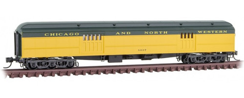 Micro-Trains N 14700430 70' Heavyweight Baggage Car, Chicago and North Western #8607