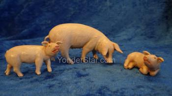 """Pig Family - 5"""" Fontanini Nativity Animals 54081"""