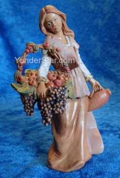 "Bethany - 5"" Fontanini Nativity Villager w Grapes   57526"