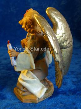 Kneeling angel Fontanini