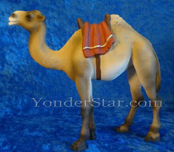 Henning hand-carved camel