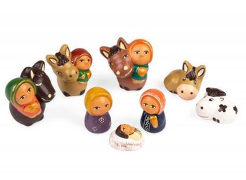 Many animals nativity scene