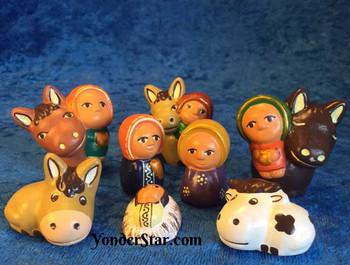 Many animals nativity set