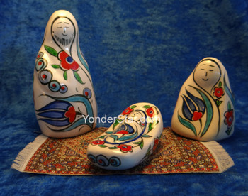 Fritware Nativity from Turkey w Blue Tulips & Red Turkish Poppies