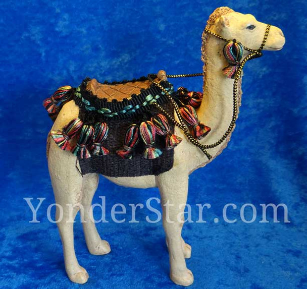 Hestia nativity scene camel