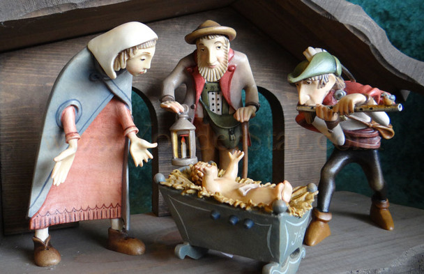 Kastlunger Nativity Scene with Piper / Flute Player LEPI Kastlunger Wood Nativity