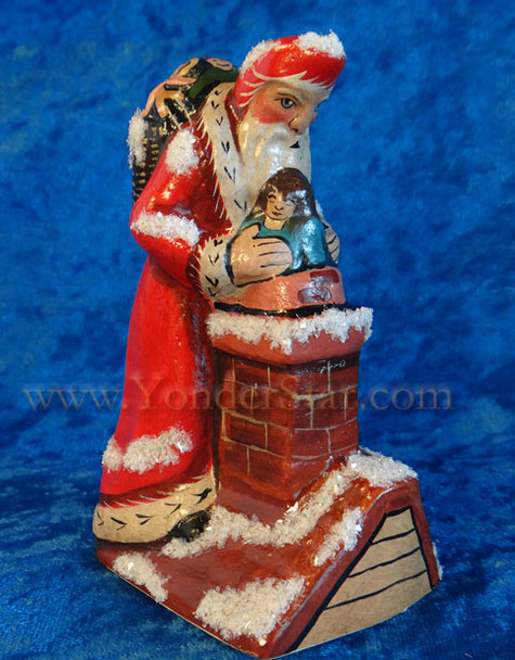 2015 Vaillancourt Folk Art Santa