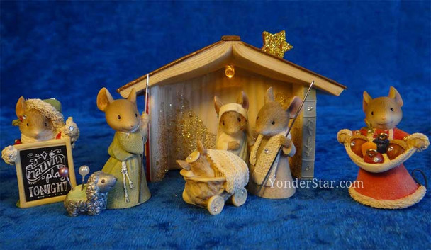 Nativity scene with mice.
