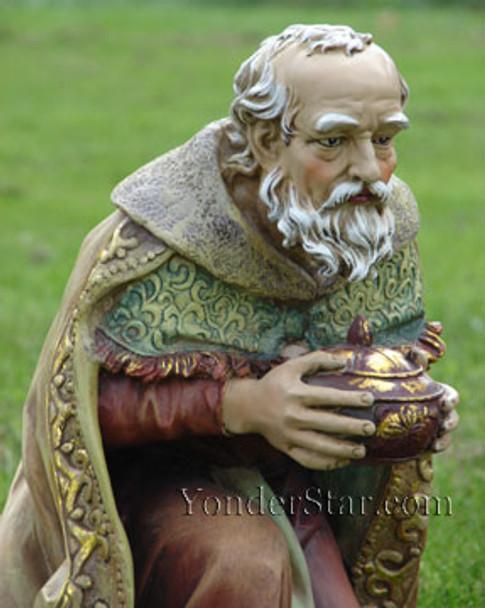 Kneeling Wiseman Melchior for Outdoor Nativity