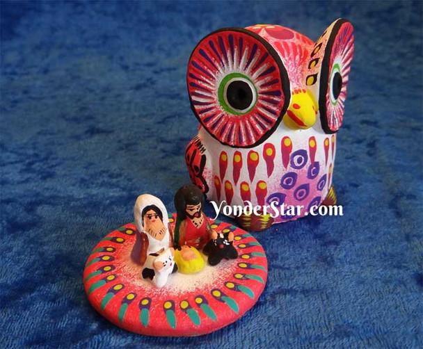 Owl nativity scene