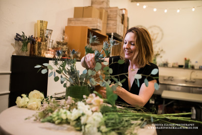 centerpiece workshop at juniper flowers