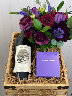 Cozy bear Cab gift crate. Kyle MacLachlan, Owner of Pursued By Bear Wines came back to his home state of Washington to make wine. We've chosen 2 of his lovely reds as an option in this crate. Also included is one of our signature 'lil cutie' florals and a Cancelled Plans candle called 'Extrovert'.