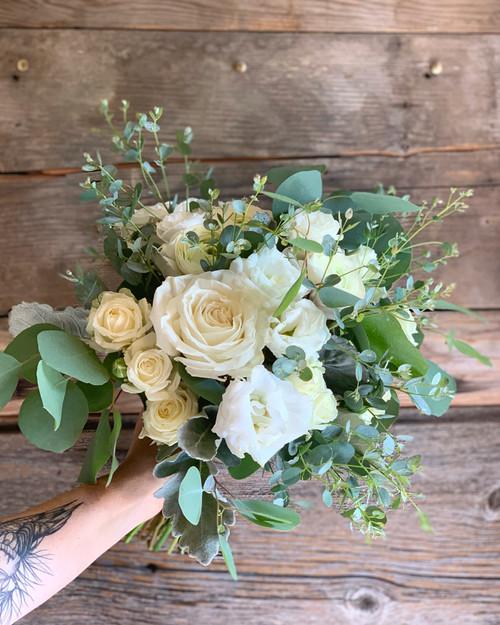 Hand-Tied Bouquet Workshop : April 11, 2020  3:30pm-5:30pm