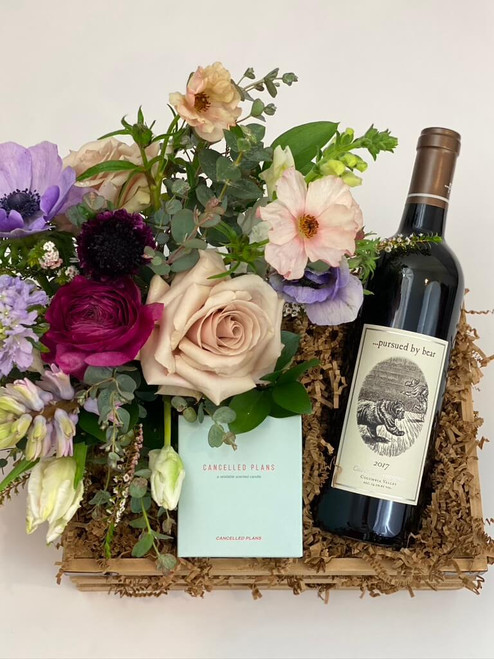 Your one stop shopping for a relaxed date night at home. Consisting of Cancelled Plans candle, floral arrangement and bottle of wine or Champagne of your choice! Perfect to celebrate an anniversary, birthday or just a night at home. Seattle flower delivery by Juniper Flowers