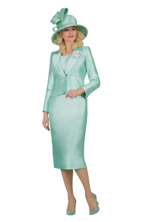4542 Charming Silky Twill Three piece Suit