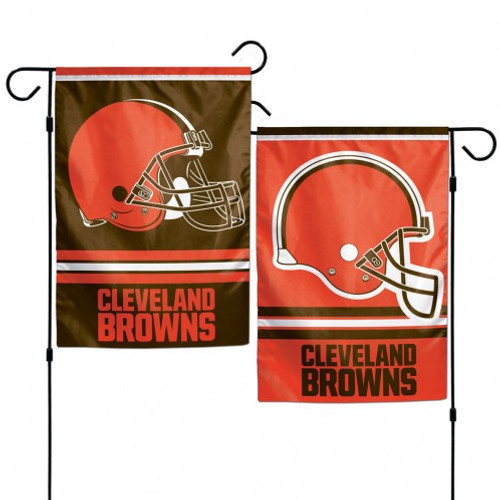 These garden flags are a great way to show who your favorite team is, and also makes a great gift! They are a great addition to any yard or garden area. They are made of a sturdy polyester material, and feature bright eye-catching graphics. Pole not included. Made By Wincraft.