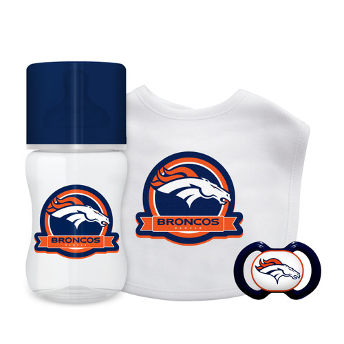 This is the ultimate welcome present for any newborn budding baseball fan. This officially licensed set comes with a bib, bottle, and a pacifier decorated with the logo and colors of your favorite baseball team. Made by Baby Fanatic.