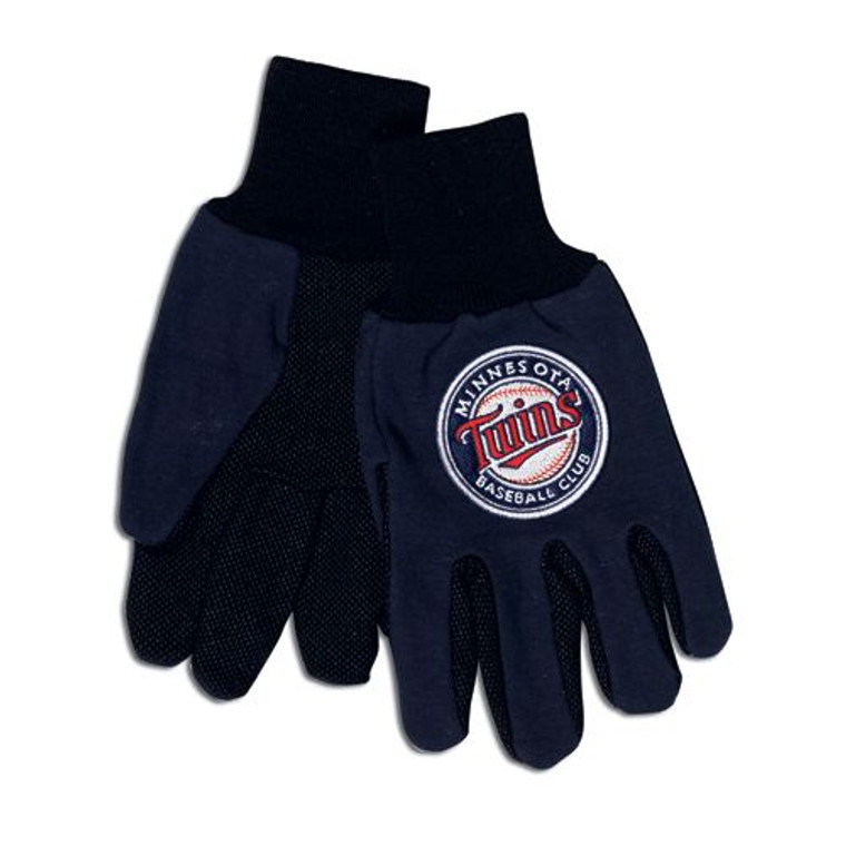 Comfort and style meet with these gloves, featuring the colors and logos of your favorite Collegiate team. These gloves are constructed of heavyweight cotton twill with rubber grips on the palms.  Not only will these gloves keep your hands warm during the cold winter months, but can also be used to keep your hands clean while doing yard & garden work. Made By Wincraft, Inc